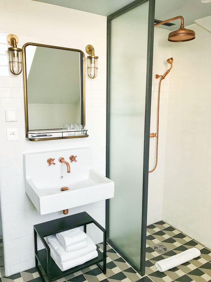 Hoxton Hotel Paris Cosy Bronze Bathroom