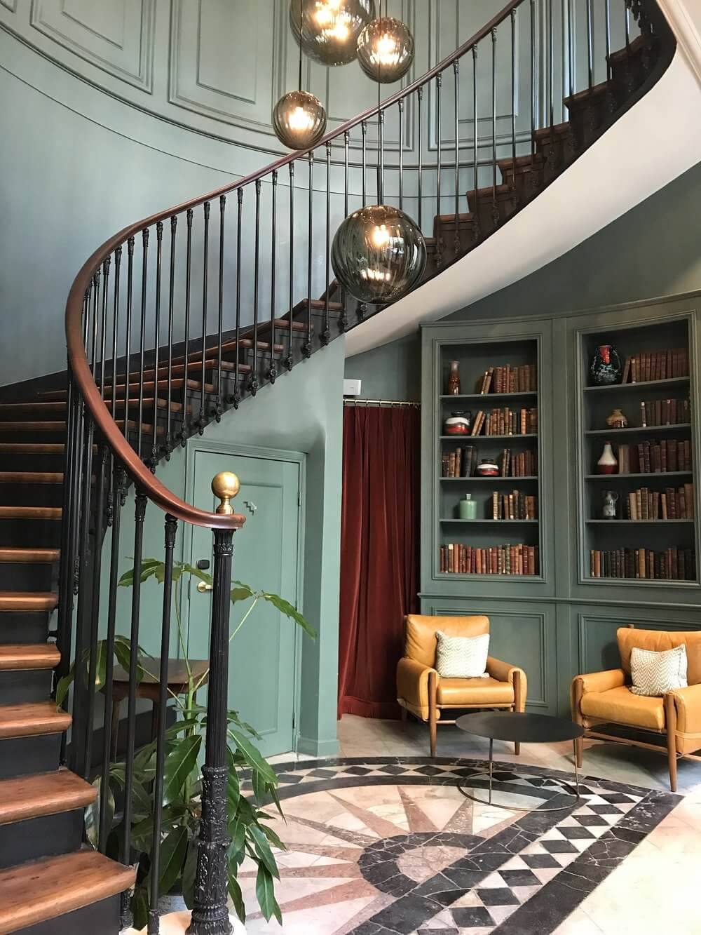 Hoxton Hotel Paris Review - Lobby Interior