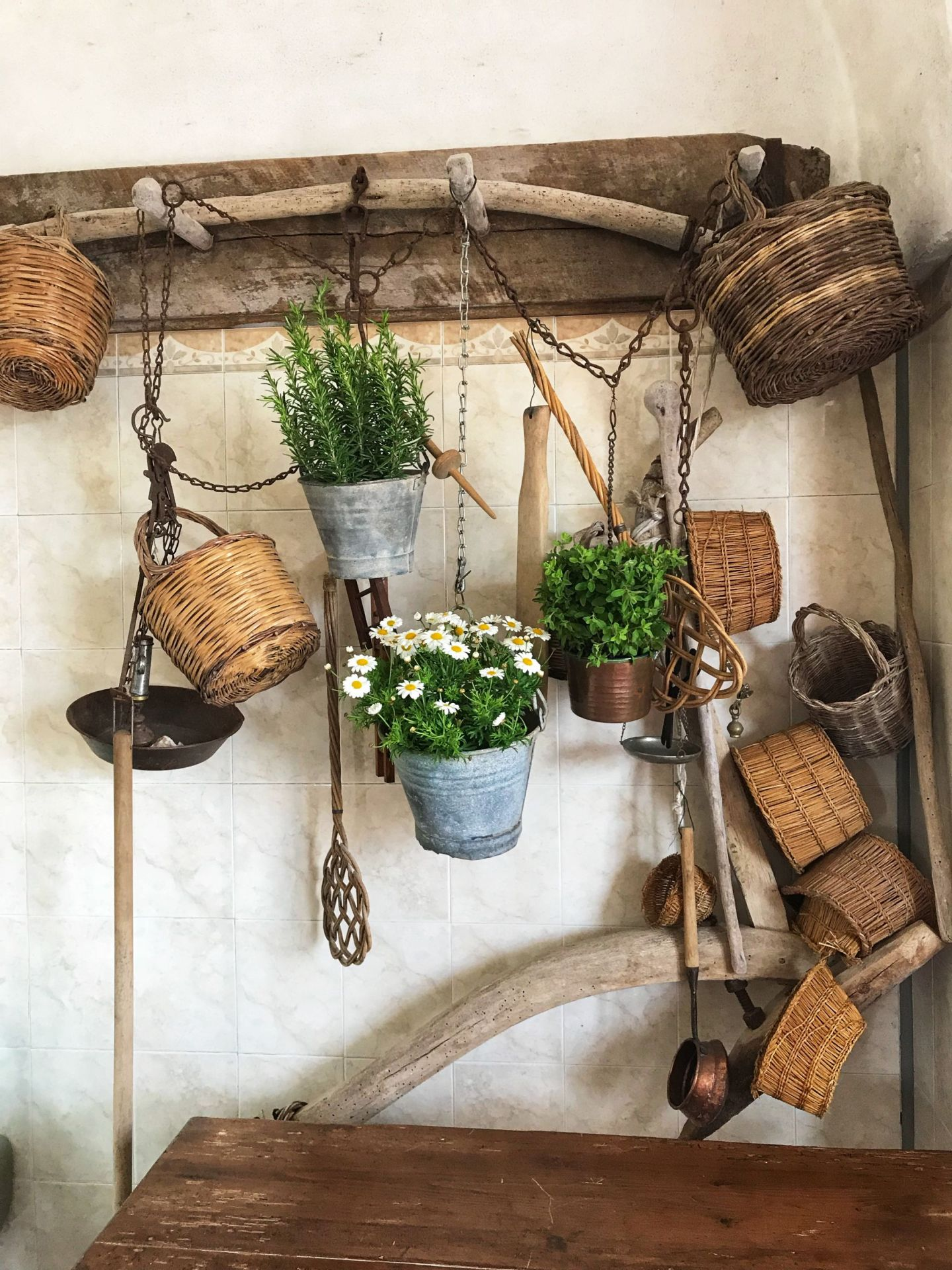 Rustic decor in a Puglian cheese masseria