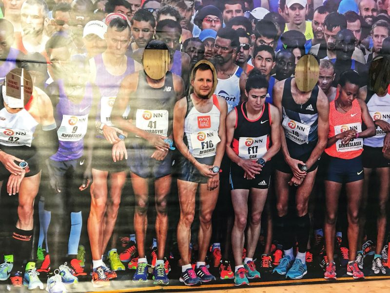 Line up for Rotterdam Marathon
