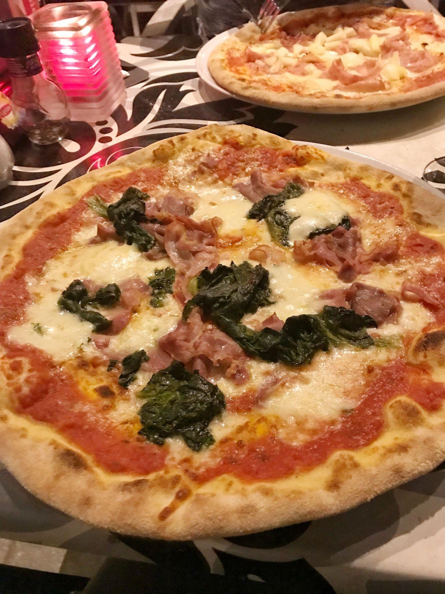 Very Italian Pizza Rotterdam