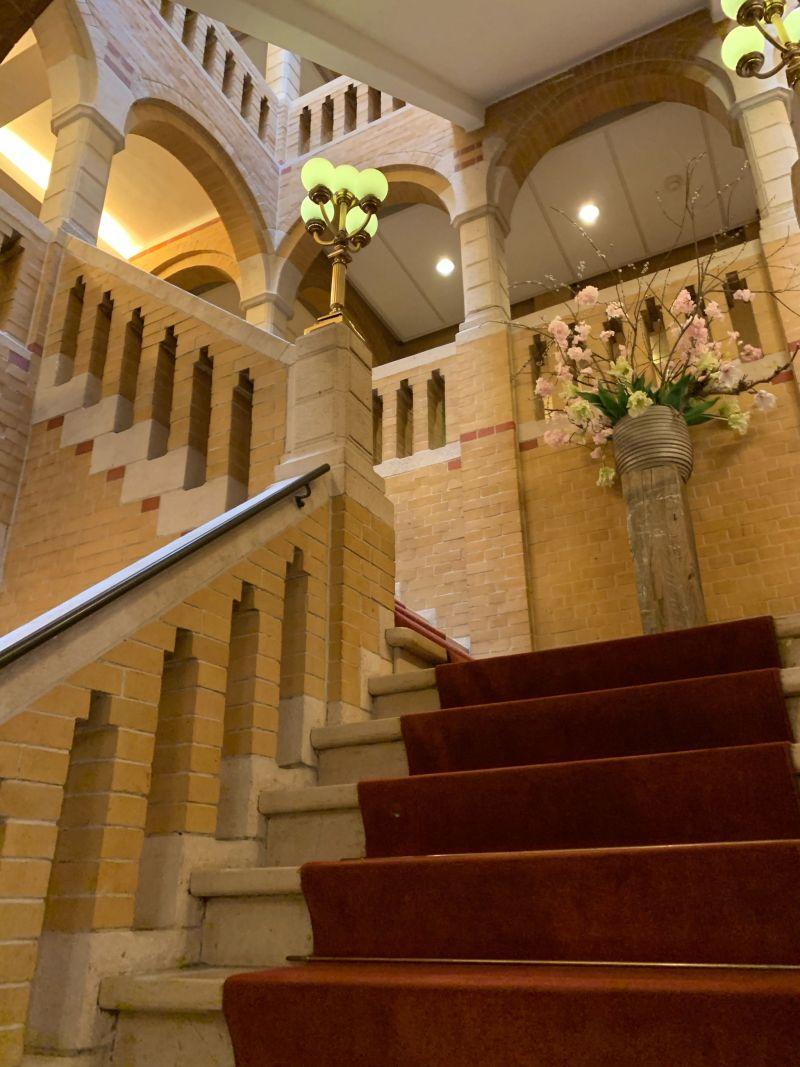 Historical-staircase-Hotel-Park-Den-Haag