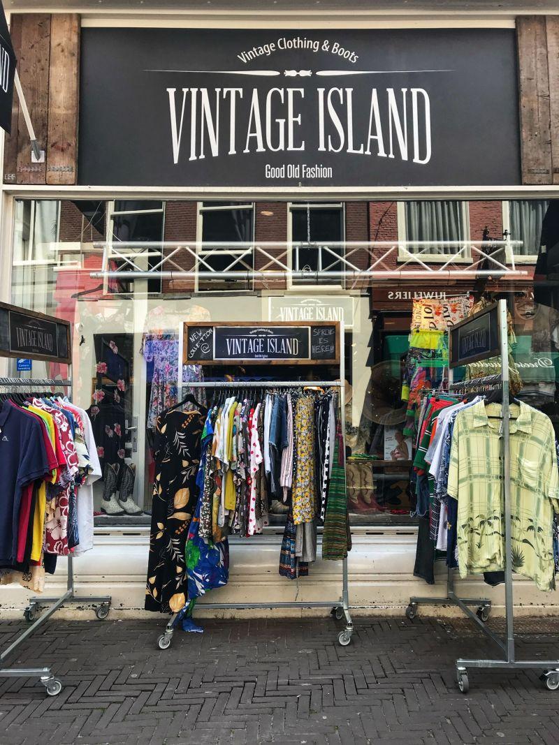 Vintage-Island-clothing-The-Hague