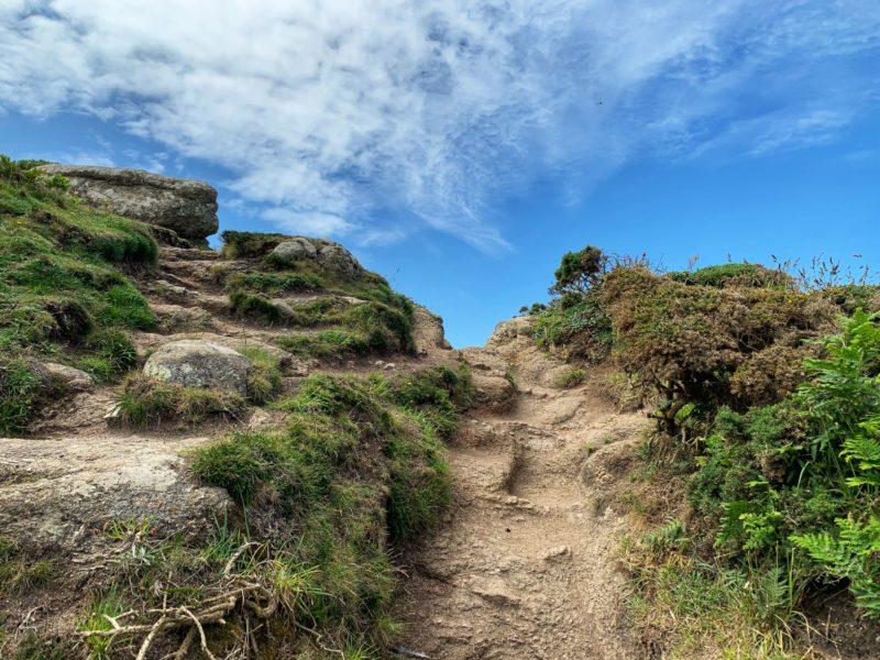 Mayon-Cliffs-coastal-path-Sennen-Cove-to-Lands-End