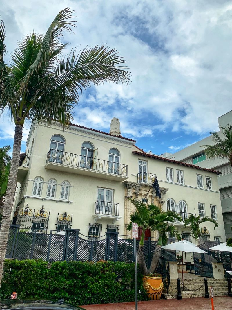 Versace-Mansion-Ocean-Drive-Miami