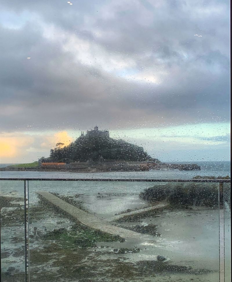 What-to-do-in-Cornwall-when-it-rains-dine-with-views-over-St-Michaels-Mount