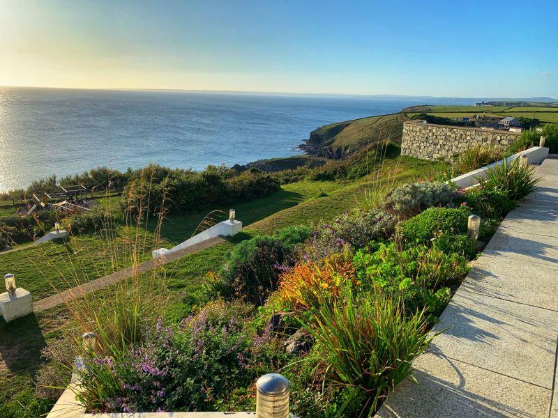 Beautiful-scenery-coast-views-Polurrian-on-the-Lizard-Hotel-Cornwall