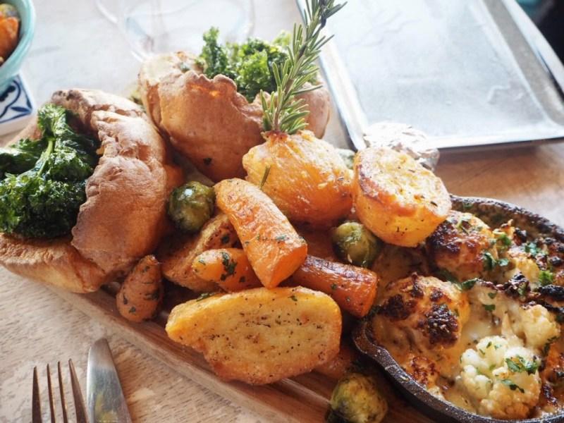 Nonnas-Mega-Roast-Yorkshires-and-Vegetables-Woburn-Sands