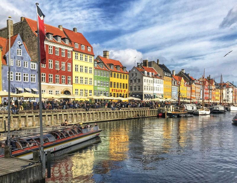 Boat-Tour-view-Nyhavn-Copenhagen-Itinerary