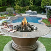 Outdoor Fire Pit Designs - Luxury Backyard Fire Pits