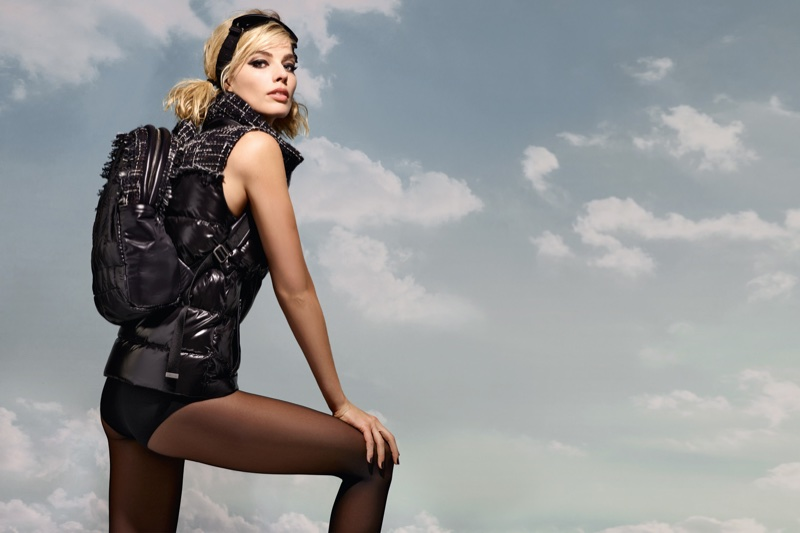margot-robbie-chanel-coco-neige-campaign-5