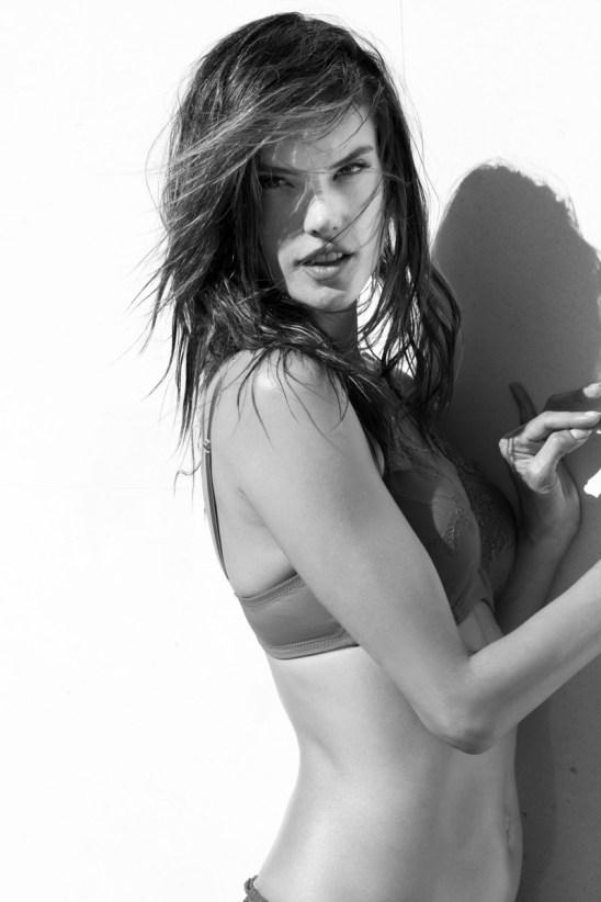 alessandra-ambrosio-lascana-lingerie-campaign7