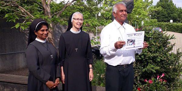 Bischof Maipan bei der Gemeinschaft der Franziskanerinnen der ewigen Anbetung in Schwäbisch Gmünd