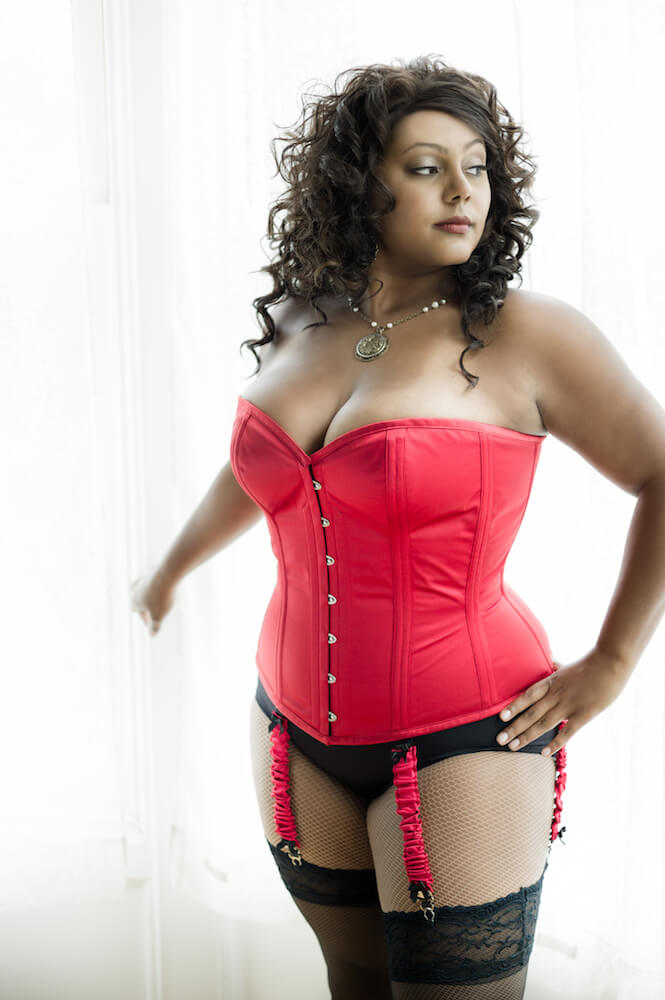 Corsets A Beginners Guide To The Right Fit Allure