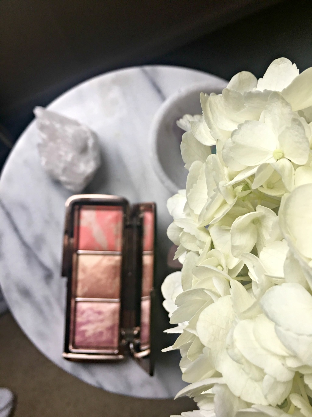 Hourglass ambient strobe blush palette review the lipstick hourglass ambient strobe blush palette review sciox Gallery