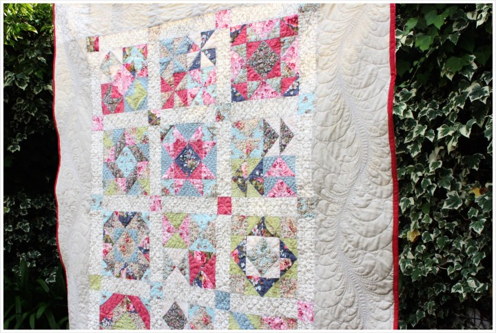 feather-quilting-border quilt