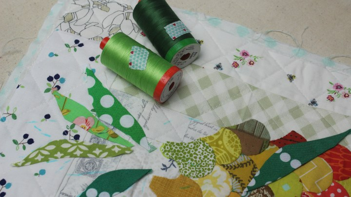 Applique Aurifil thread, learn 5 ways to use wash tapes in your sewing room