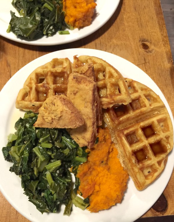 Hogtown Vegan Chickn and Waffles | thelittleredspoon.com