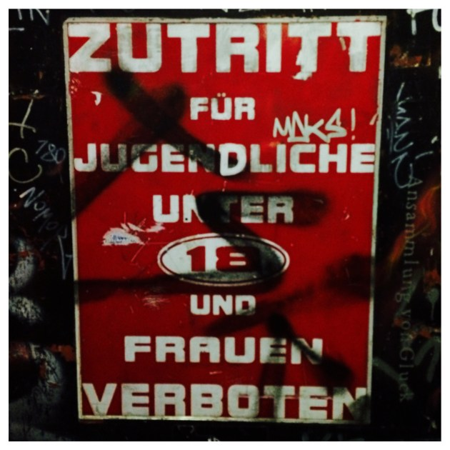ST PAULI - WOMEN NOT ALLOWED!