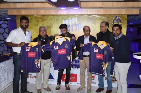 Quetta Gladiators Team 2020 Shirt Kit