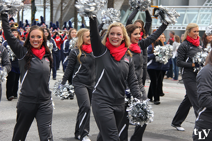 cheerleaders parade