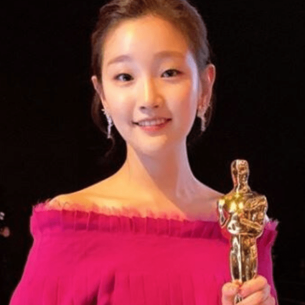 Park So-Dam Poses With The Oscar Won For Parasite