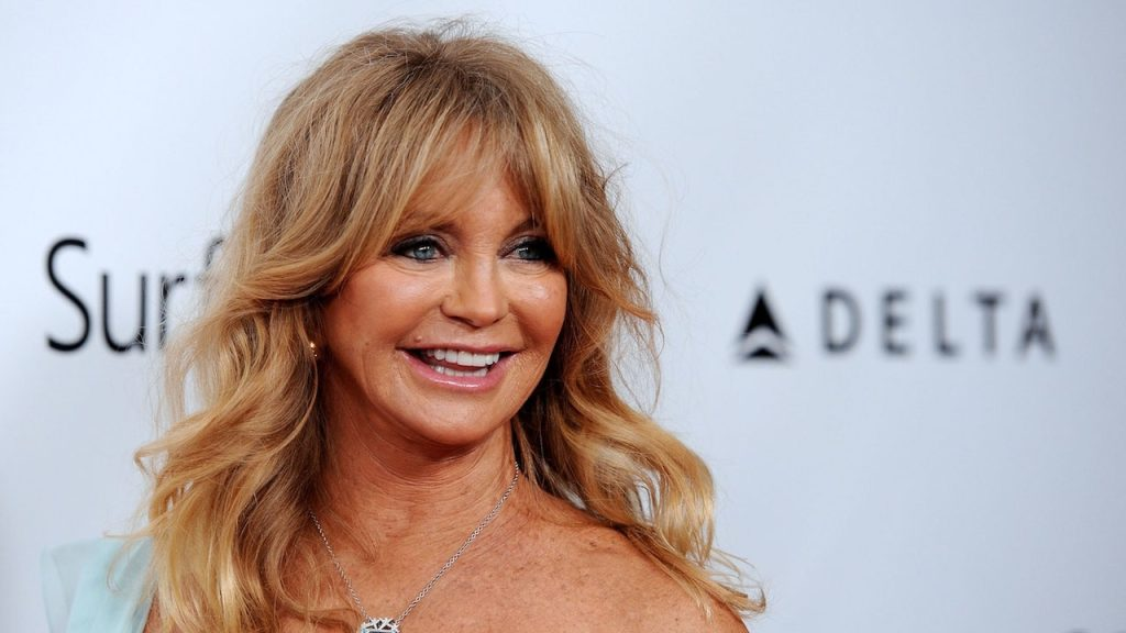 Join Goldie Hawn In Her Laughing Challenge
