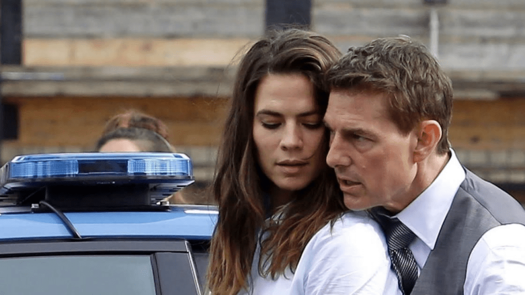 Tom Cruise, Hayley Atwell High Octane Action Scenes Filming In Rome | Mission: Impossible 7