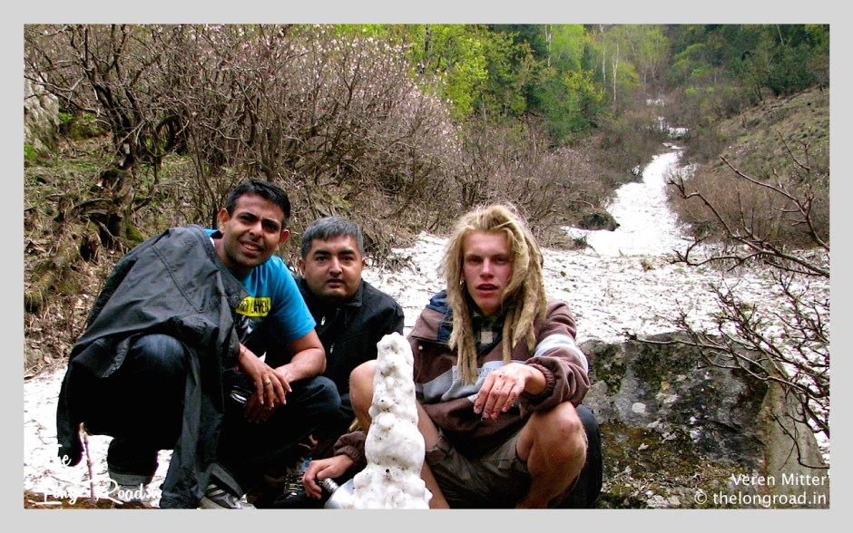 Frozen stream at Kheerganga along with hippies