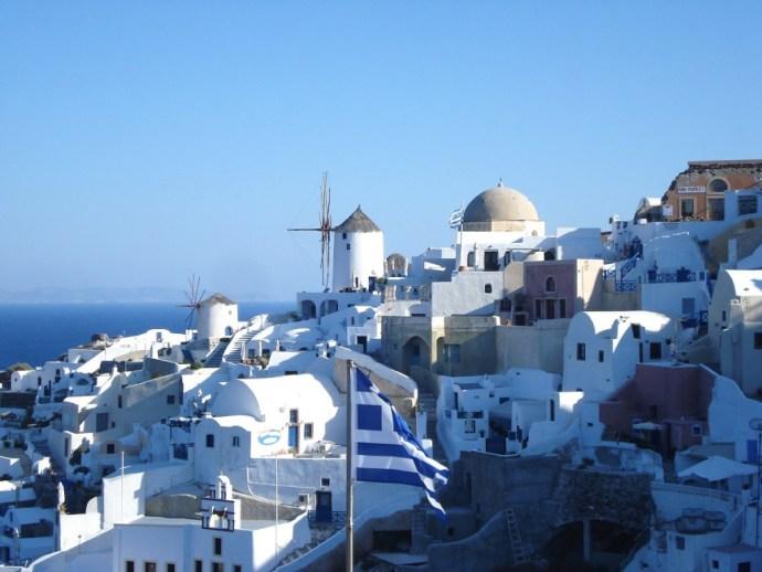 Grecia_Santorini_caldera_Oia_photo_credit@thelostavocado (7)