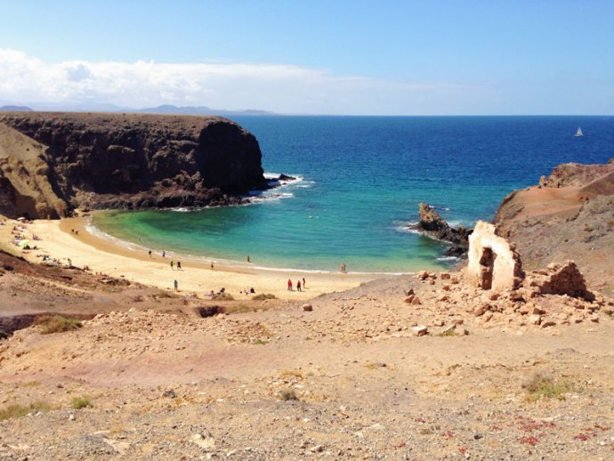 Playa-Papagayo-Lanzarote--Photo-credit-Thelostavocado.com---all-rights-reserved