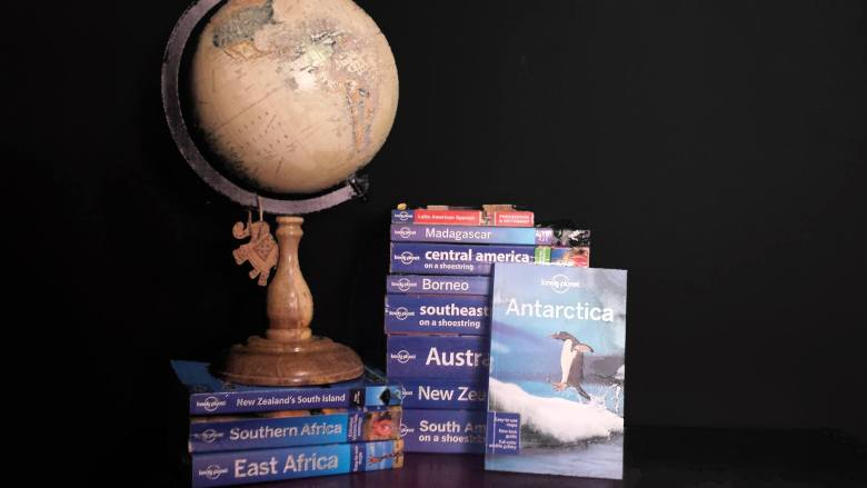 5 Practical Reasons Why I Travel with a Guidebook