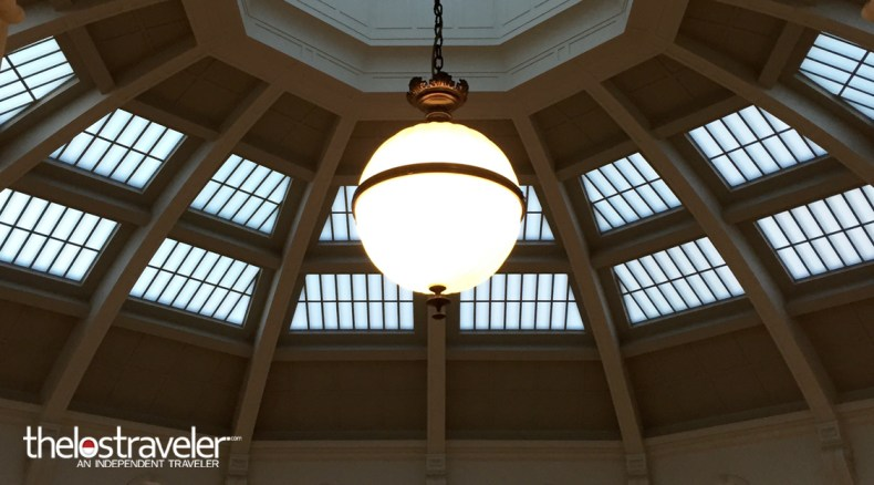 chandelier-library