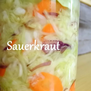 Sauerkraut – Easy, cheap, zero waste DIY probiotics!