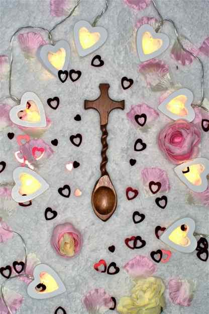 Cross Your Heart Lovespoon