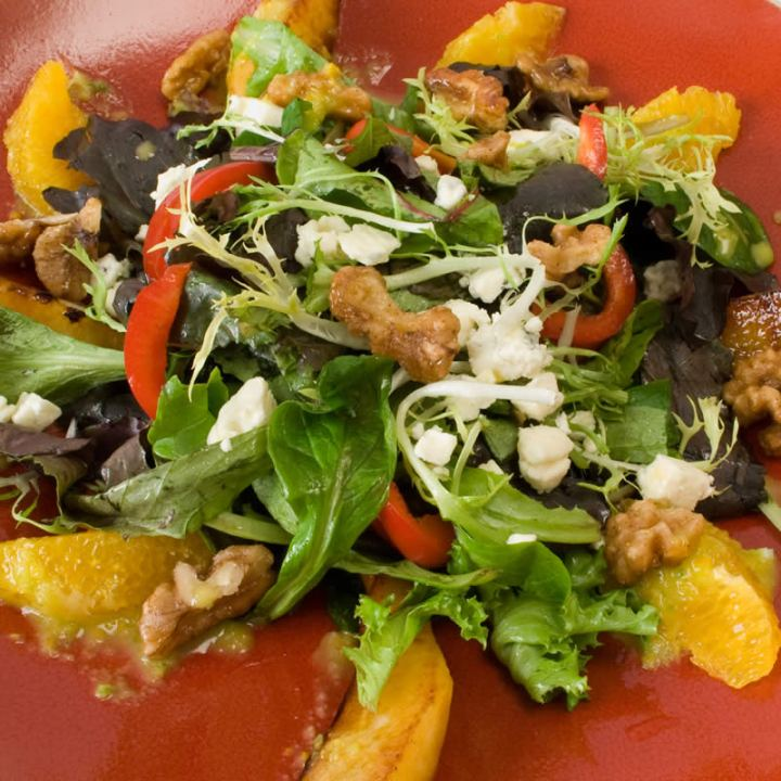 Thanksgiving Recipe Roundup: Carmelized Pear Salad with Gorgonzola and Candied Spiced Walnuts