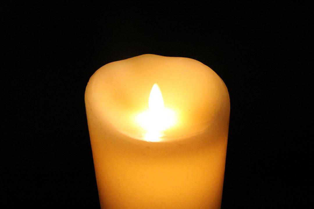 candle2-web