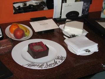 Hilton London Waldorf - Welcome amenities