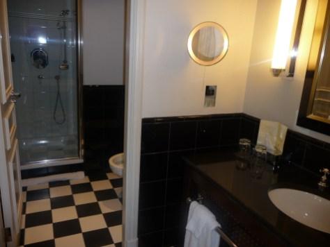 Sofitel St James - Prestige Suite bathroom