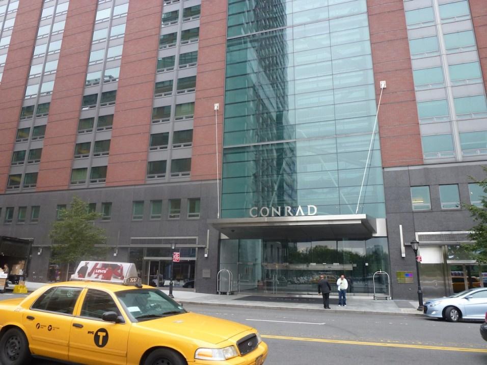 Conrad New York - Facade