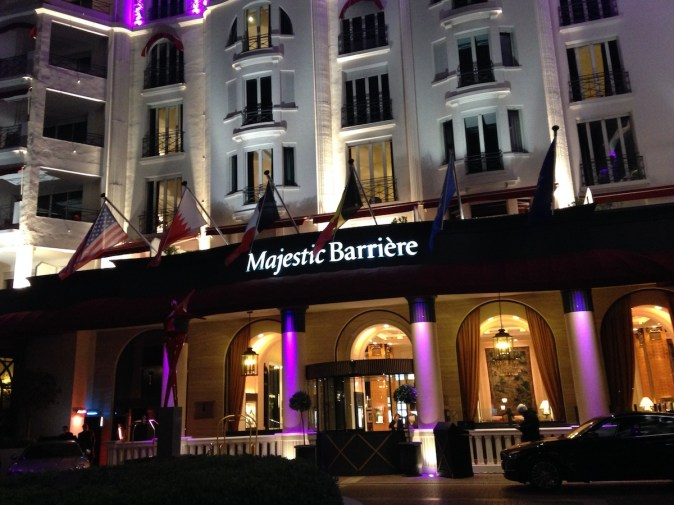 Majestic Barriere Cannes - Entrance by night