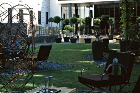 Bulgari Milan - Private Garden
