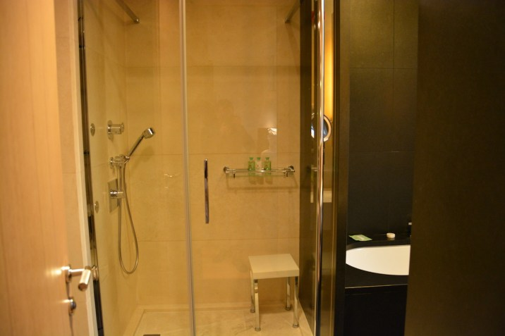Bulgari Milan - Special Room walk-in shower