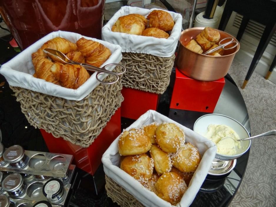 Shangri-La Paris - La Bauhinia brunch pastries buffet
