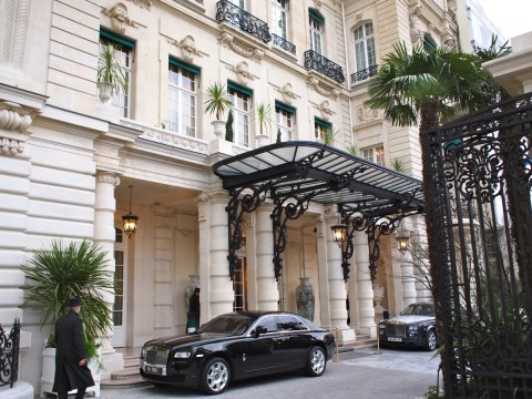 Shangri-La Paris - Entrance