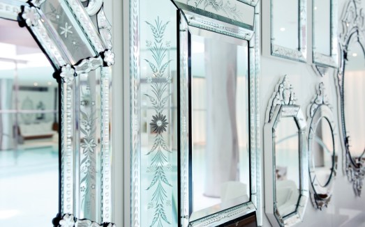 Royal Monceau Spa by Clarins - Mirrors wall