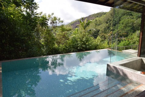 Four Seasons Seychelles - Hilltop Villa pool