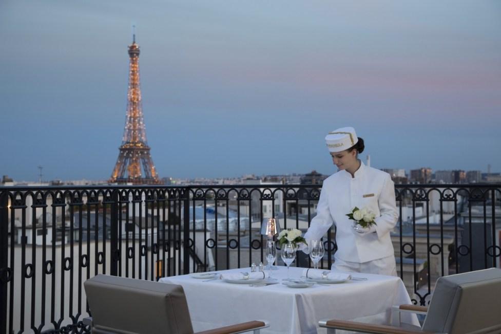 Peninsula Paris - Rooftop terrace
