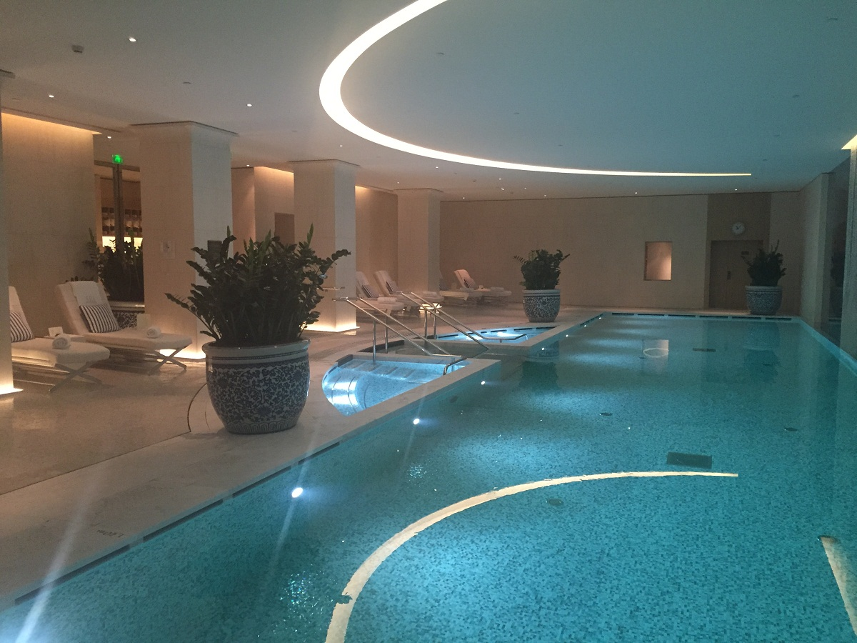 Peninsula Paris Spa - Indoor pool