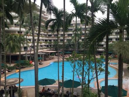 Shangri-La Singapore - Outdoor pool